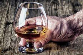 Лечение женского алкоголизма в астрахани